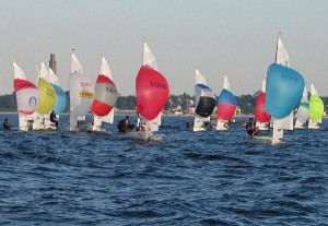 420_Class_Dinghies_with_spinnakers