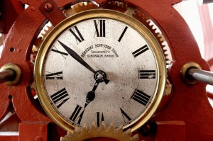 clock-tower-190677_1280 (1)