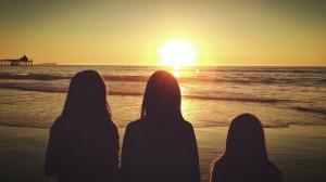 girls-324685_1280